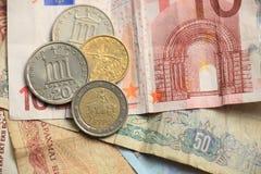 Ελληνικά και ευρο- χρήματα στοκ φωτογραφία με δικαίωμα ελεύθερης χρήσης