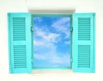 Ελληνικά Windows ύφους με το μπλε ουρανό Στοκ φωτογραφία με δικαίωμα ελεύθερης χρήσης
