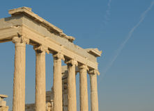 Ελληνικές στήλες, ακρόπολη, Αθήνα Στοκ Εικόνα