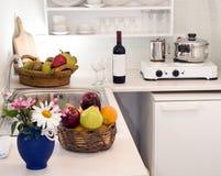 ελληνική βίλα κουζινών νησιών διαμερισμάτων Στοκ φωτογραφία με δικαίωμα ελεύθερης χρήσης