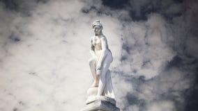 Ελληνική γυναίκα αγαλμάτων cloudscape timelapse απόθεμα βίντεο