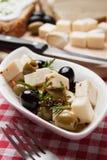 ελληνική σαλάτα ελιών φέτας τυριών Στοκ φωτογραφία με δικαίωμα ελεύθερης χρήσης