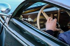 Ελσίνκι, Φινλανδία, παλαιός υδράργυρος αυτοκινήτων στοκ εικόνες