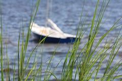 δεμένο sailboat Στοκ φωτογραφία με δικαίωμα ελεύθερης χρήσης