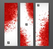 Εμβλήματα με τους κόκκινους παφλασμούς αίματος στο ρεαλιστικό υπόβαθρο εγγράφου διανυσματική απεικόνιση