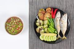 Εμβύθιση κολλών γαρίδων όπως & x22  Nam Prik Kapi& x22  Στοκ φωτογραφία με δικαίωμα ελεύθερης χρήσης
