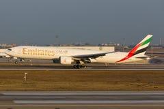 777 εμιράτα Boeing Στοκ Φωτογραφίες