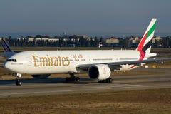 Εμιράτα Boeing 777-300ER Στοκ Εικόνες
