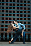 Εμπαθή αγόρι και κορίτσι χορού Στοκ εικόνα με δικαίωμα ελεύθερης χρήσης