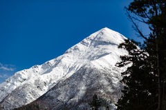 Εμπνευσμένα βουνά του Ιμαλαίαυ τοπίων στο Νεπάλ Στοκ Φωτογραφία