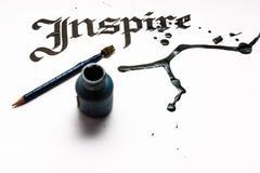 Εμπνεύστε τη λέξη στην καλλιγραφία στοκ εικόνες με δικαίωμα ελεύθερης χρήσης