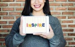 Εμπνεύστε το αισιόδοξο θεωρεί το όραμα ότι φιλοδοξίας καινοτομεί έννοια στοκ φωτογραφίες