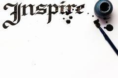 Εμπνεύστε το γράφοντας υπόβαθρο καλλιγραφίας στοκ εικόνες