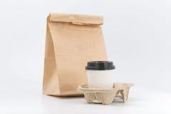 Εμπορευματοκιβώτια για το γρήγορο φαγητό και τα ποτά υλικά ανακυκλώσιμα Στοκ φωτογραφία με δικαίωμα ελεύθερης χρήσης