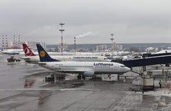 Εμπορικά αεριωθούμενα αεροπλάνα Στοκ Φωτογραφίες