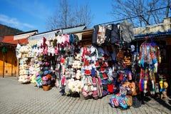 Εμπορικά περίπτερα, πωλήσεις των διάφορων αναμνηστικών Στοκ Φωτογραφίες