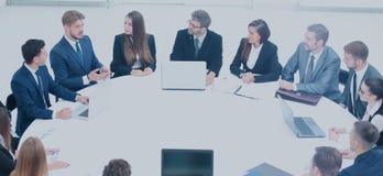 Εμπορικές εκθέσεις διευθυντή στους υπαλλήλους για την επιχείρηση ` s Στοκ Εικόνα