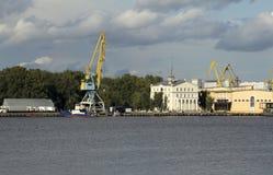 Εμπορική αποβάθρα Στοκ φωτογραφία με δικαίωμα ελεύθερης χρήσης