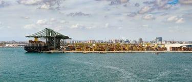 Εμπορικός λιμένας της Βαλένθια, Ισπανία στοκ εικόνα με δικαίωμα ελεύθερης χρήσης