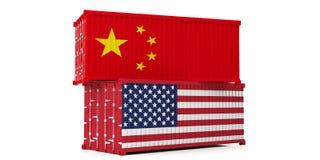 Εμπορικός πόλεμος των ΗΠΑ και της Κίνας ΗΠΑ των κινεζικών σημαιών εμπορευματοκιβωτίων της Αμερικής και που απομονώνονται στο άσπρ ελεύθερη απεικόνιση δικαιώματος
