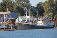 Εμπορικό αλιευτικό σκάφος στη δυτική ακτή του Καναδά ` s στοκ φωτογραφία με δικαίωμα ελεύθερης χρήσης