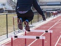 εμπόδια αθλητών που πηδούν Στοκ εικόνες με δικαίωμα ελεύθερης χρήσης