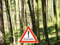 Εμπόδιο σημαδιών στο δάσος (1) Στοκ Εικόνα