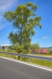 Εμπόδιο συντριβής σε έναν αγροτικό δρόμο Στοκ Εικόνες