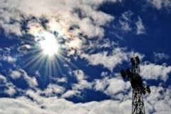 ενάντια στο διαγώνιο ουρανό Στοκ Φωτογραφίες