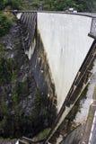 Ενάντιο φράγμα, Ελβετία στοκ φωτογραφίες με δικαίωμα ελεύθερης χρήσης