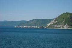 Ενάρξεις ποταμών Angara στη λίμνη Baikal Στοκ φωτογραφίες με δικαίωμα ελεύθερης χρήσης