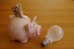 Ενέργεια και χρήματα αποταμίευσης Στοκ εικόνες με δικαίωμα ελεύθερης χρήσης