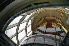 Ενίσχυση περικοπών - ιστορικός φάρος φακών Fresnel γυαλιού ναυτικός Στοκ Εικόνες