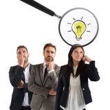 Ενίσχυση - το γυαλί εξετάζει την ιδέα μιας νέας επιχειρηματία στοκ φωτογραφία με δικαίωμα ελεύθερης χρήσης