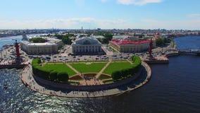 Εναέρια άποψη Άγιος-Πετρούπολη σχετικά με το νησί Vasilevsky φιλμ μικρού μήκους
