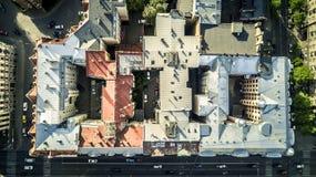 Εναέρια άποψη από τον κηφήνα στο τοπίο πόλεων της Ρήγας στοκ εικόνες