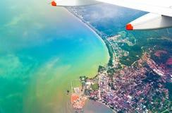 Εναέρια άποψη από το αεροπλάνο Στοκ φωτογραφία με δικαίωμα ελεύθερης χρήσης