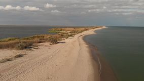 Εναέρια άποψη Μαύρη Θάλασσα, ακτή, οβελός και εκβολή φιλμ μικρού μήκους