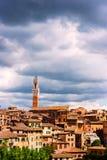 Εναέρια άποψη με το Di Σιένα Duomo Στοκ Εικόνα
