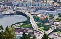 Εναέρια άποψη μιας ανταλλαγής αυτοκινητόδρομων, Μπέργκεν, Νορβηγία στοκ φωτογραφία με δικαίωμα ελεύθερης χρήσης
