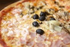 Εναέρια άποψη μιας πίτσας στοκ φωτογραφία με δικαίωμα ελεύθερης χρήσης