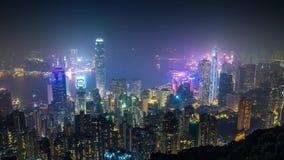 Εναέρια άποψη νύχτας Χονγκ Κονγκ σχετικά με το νησί απόθεμα βίντεο