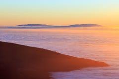 Εναέρια άποψη πέρα από τα σύννεφα Στοκ Φωτογραφίες