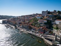 Εναέρια άποψη πέρα από το Πόρτο, Πορτογαλία μια φωτεινή θερινή ημέρα στοκ εικόνες με δικαίωμα ελεύθερης χρήσης