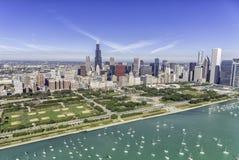 Εναέρια άποψη πανοράματος οριζόντων του Σικάγου στοκ φωτογραφίες