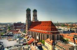 Εναέρια άποψη στην εκκλησία Μόναχο Γερμανία Frauenkirche Στοκ φωτογραφία με δικαίωμα ελεύθερης χρήσης