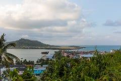 Εναέρια άποψη σχετικά με το baracoa και τη θάλασσα Κούβα στοκ φωτογραφία με δικαίωμα ελεύθερης χρήσης