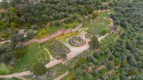 Εναέρια άποψη της αρχαιολογικής περιοχής των αρχαίων Δελφών, περιοχή του ναού απόλλωνα και της Oracle, Ελλάδα στοκ εικόνα με δικαίωμα ελεύθερης χρήσης