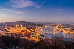 Εναέρια άποψη της Βουδαπέστης τη νύχτα στοκ φωτογραφίες με δικαίωμα ελεύθερης χρήσης