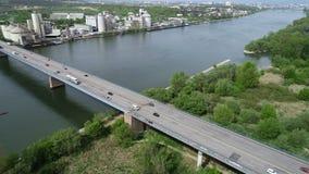 Εναέρια άποψη της γέφυρας και του ποταμού Ρήνος εθνικών οδών απόθεμα βίντεο
